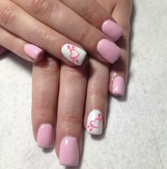 Misty Rose And Pearl White Loveable Nail Art