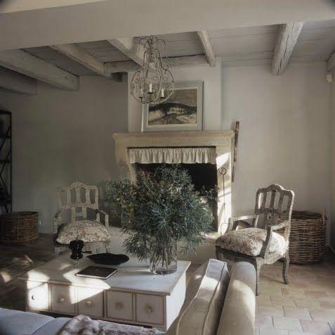 die besten 25 provence innen ideen auf pinterest italienische h user villa frankreich und. Black Bedroom Furniture Sets. Home Design Ideas