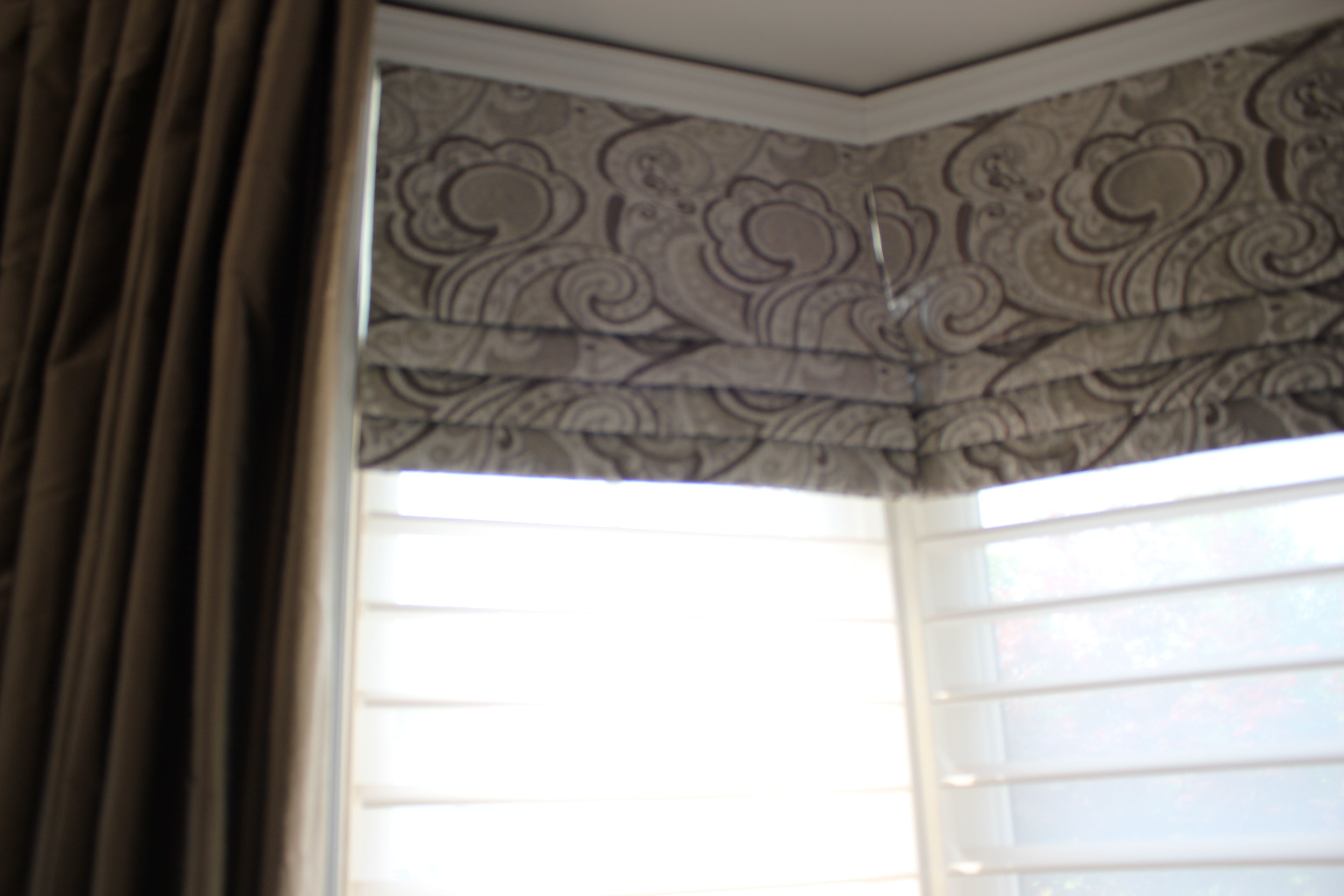 Faux Roman Valance In A Bay Window Placed Over Hunter