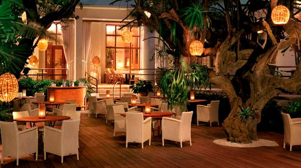 raleigh-miami-luxury-art-deco-hotel-raleigh-restaurant | deco ...