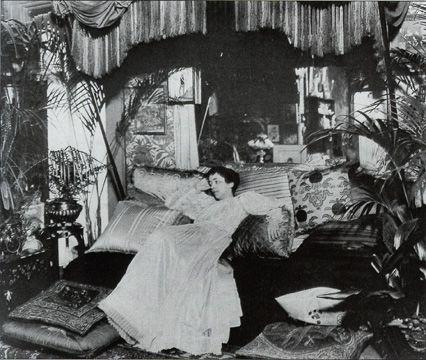Who Invented The Bed >> Tweedland The Gentlemen S Club Elsie De Wolfe The Lady