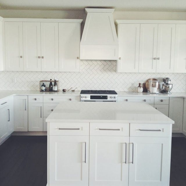 Kitchens With White Cabinets And Quartz Countertops: Whiteout Wednesday: 5 White