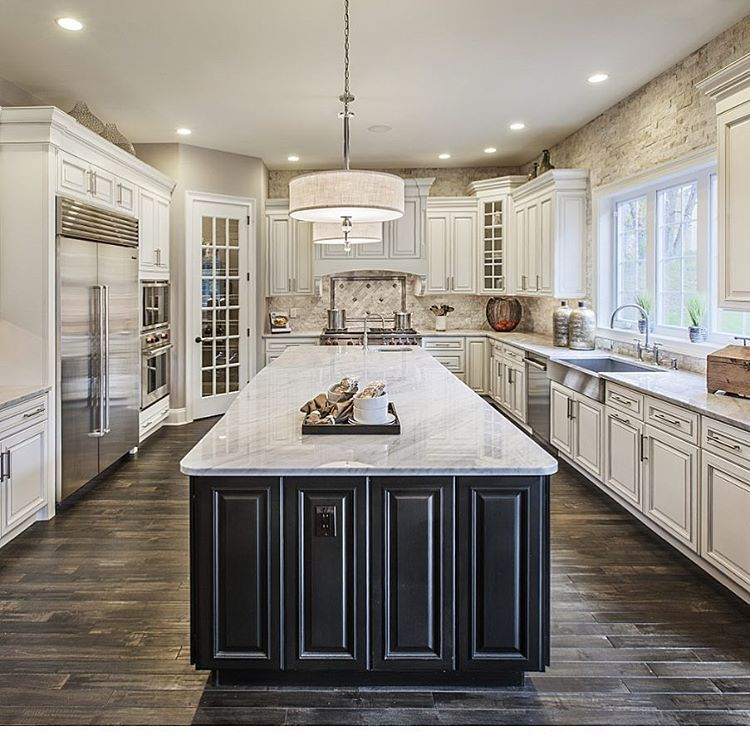 Property Brothers Two Tone Kitchen Cabinets: Pin By Carolyn Brown On Kitchen