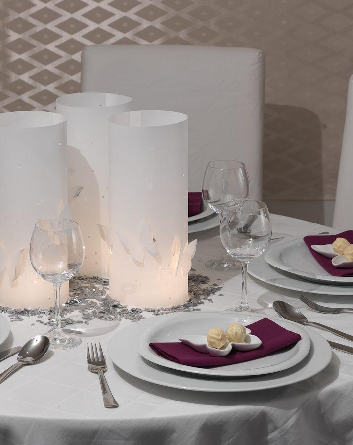 tags ber zaubert diese tischdekoration ein modernes ambiente und abends tauchen die windlichter. Black Bedroom Furniture Sets. Home Design Ideas