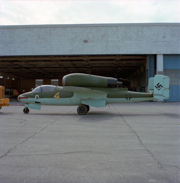 Heinkel He 162A-1 Volksjäger (CASM-19460)