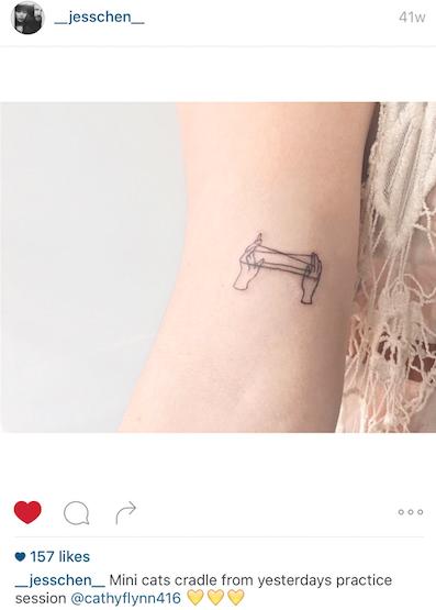 Cats Cradle Tattoo I Love How This Artist Draws Hands Tattoos Nail Tattoo Korean Tattoos
