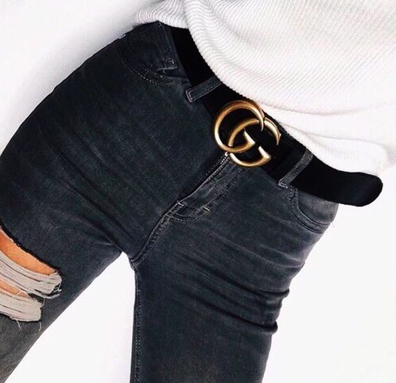 Black ripped jeans, Gucci belt and white tucked t-shirt
