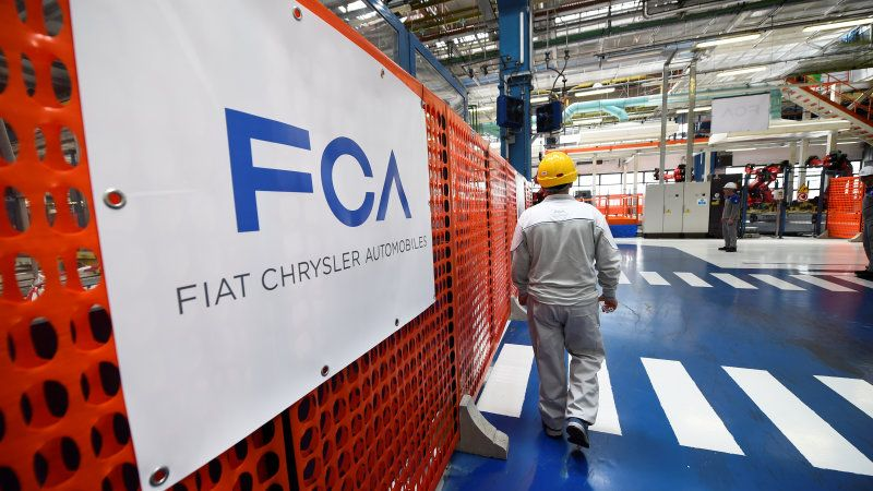 Fiat Chrysler joins EV joint venture with Chinese iPhone