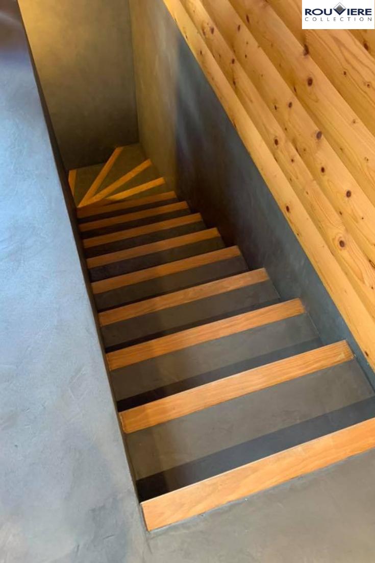 Revetement En Microbeton Associe A Du Bois Escalier Beton Cire Beton Cire Escalier