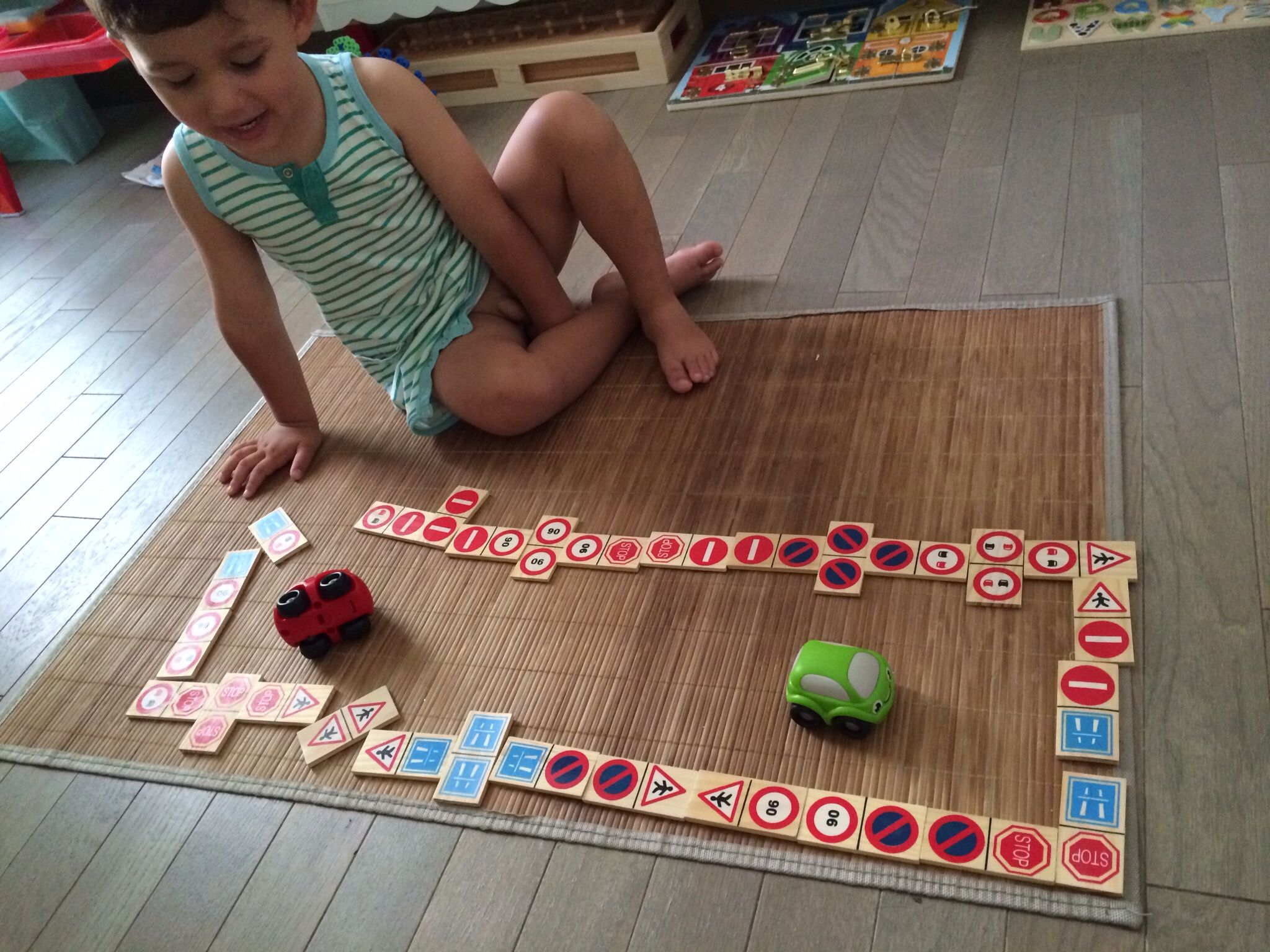 Learning road signs with dominos #montessori