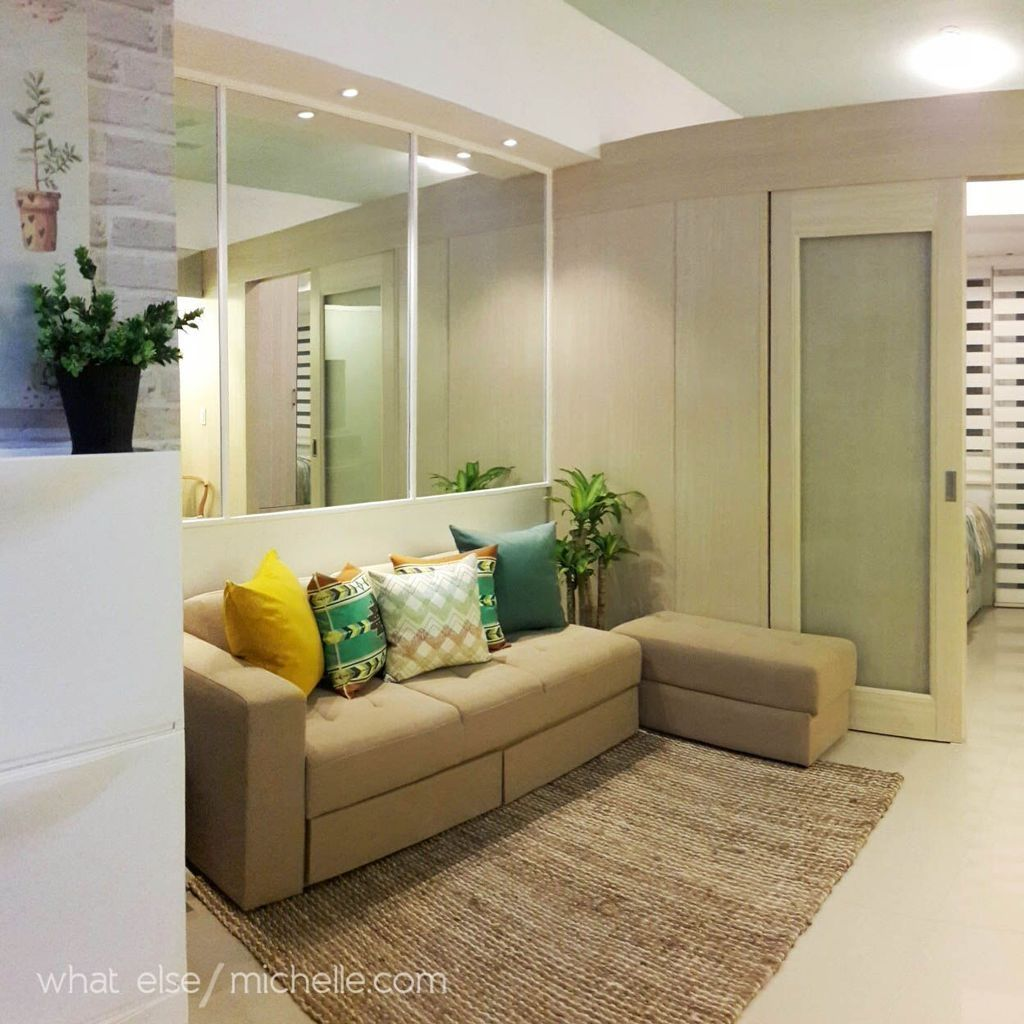 Nice 30 Minimalist Micro Apartment With A Hint Of Color More At Https Trendecors Com 2018 Condo Interior Condo Interior Design Condo Interior Design Small