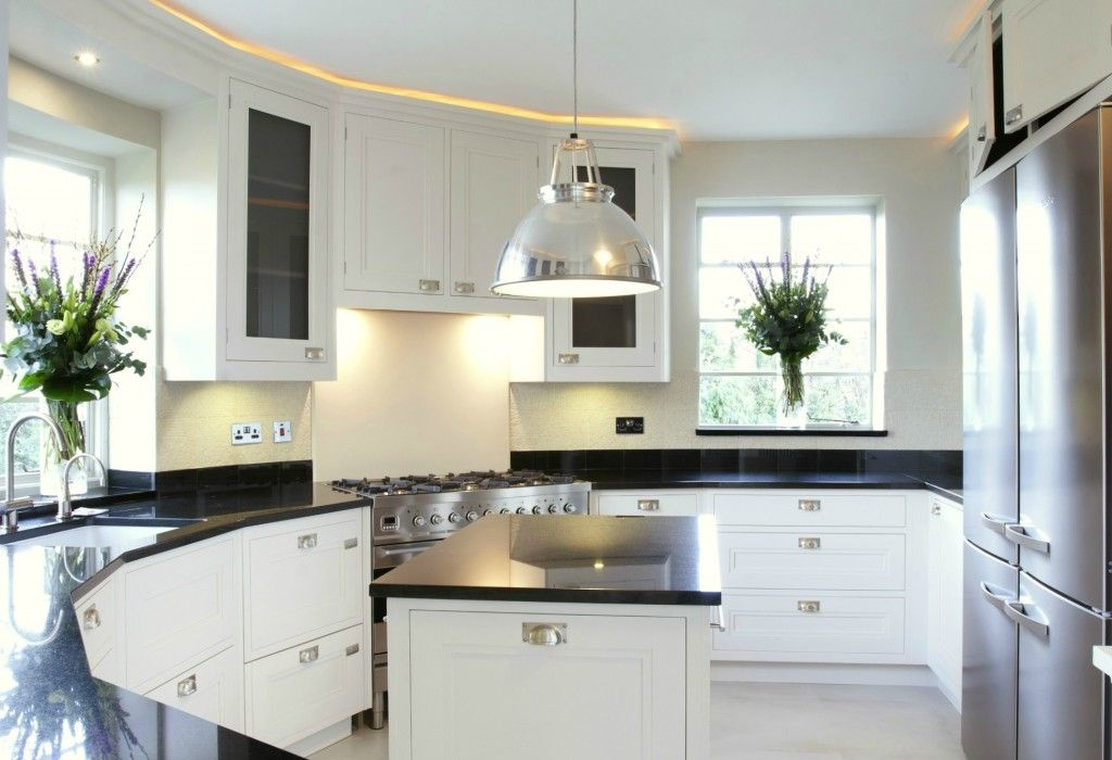 superior Art Deco Style Kitchen Cabinets #2: Art Deco Kitchen. Love the way that the cabinets stretch all the way to the