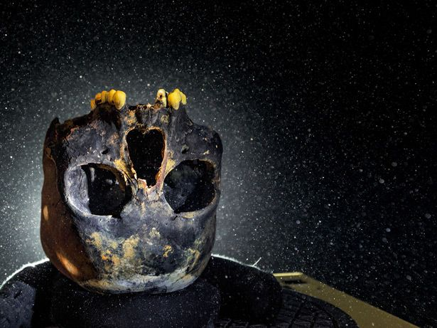 Tracking the First Americans New finds, theories, and genetic discoveries are revolutionizing our understanding of the first Americans. - National Geographic