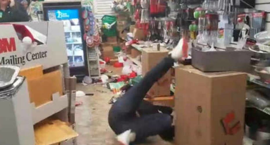 VIDEO Dollar Tree Employee High On Drugs Freaks Out And
