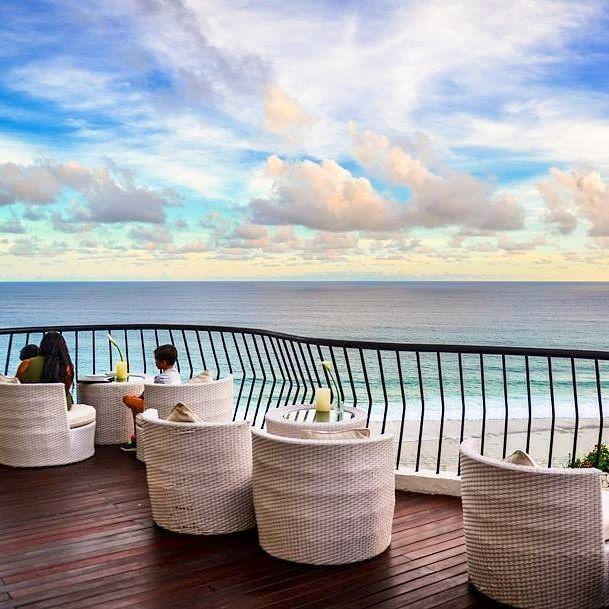 Banyan Tree Apartments: The Look Out At Jumana Restaurant, Banyan Tree Resort