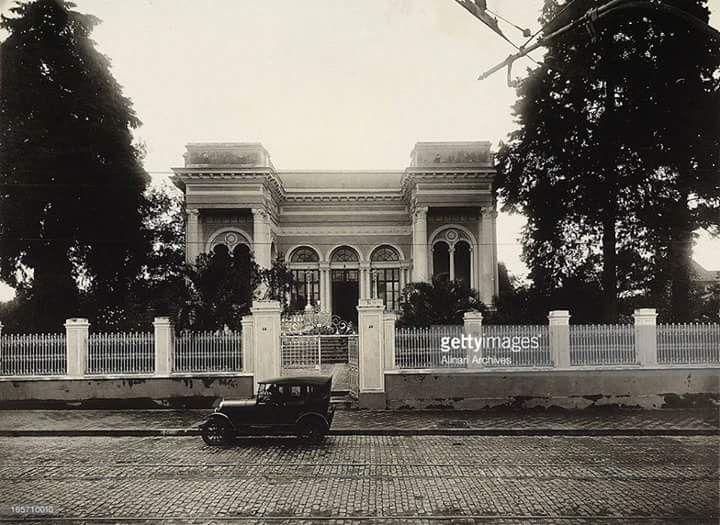 Antiga Assembléia do Estado (1920) - Câmara dos Vereadores - Curitiba - Paraná - Brasil