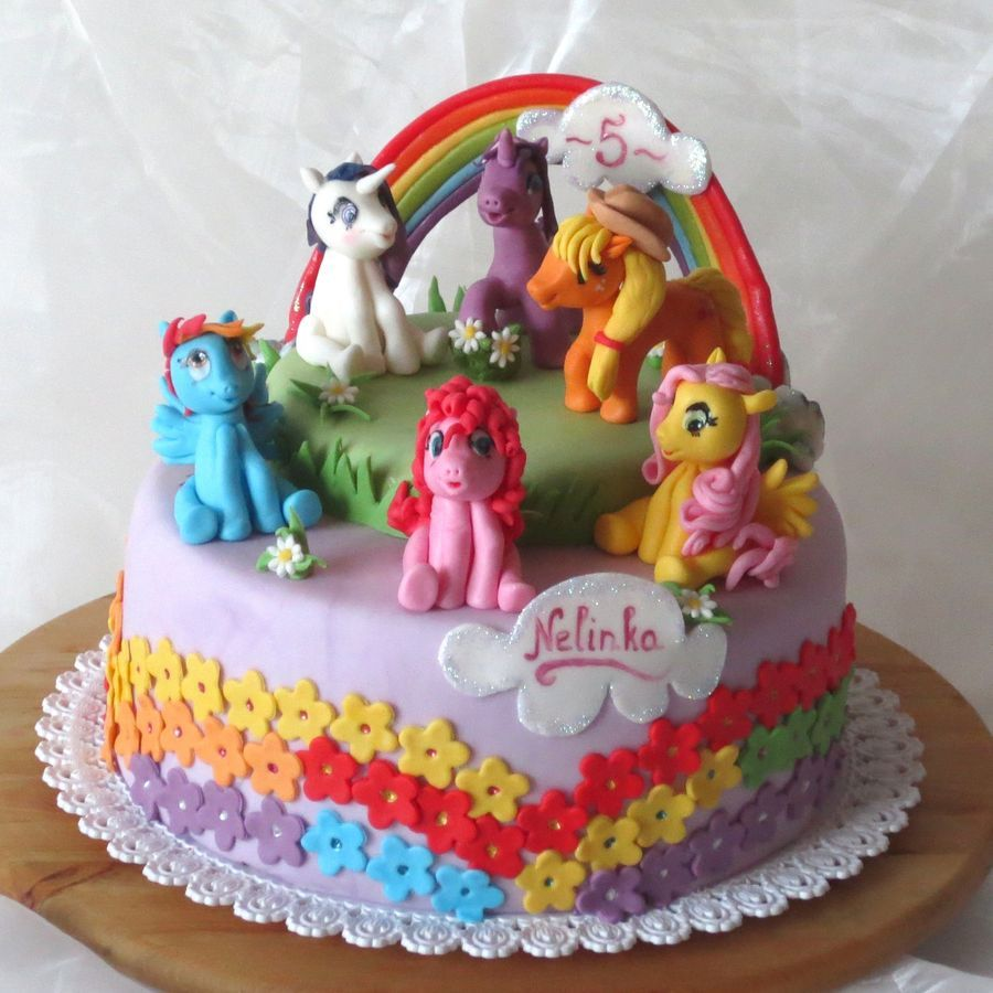 9 Delightful Different My Little Pony Rainbow Cakes This One is My