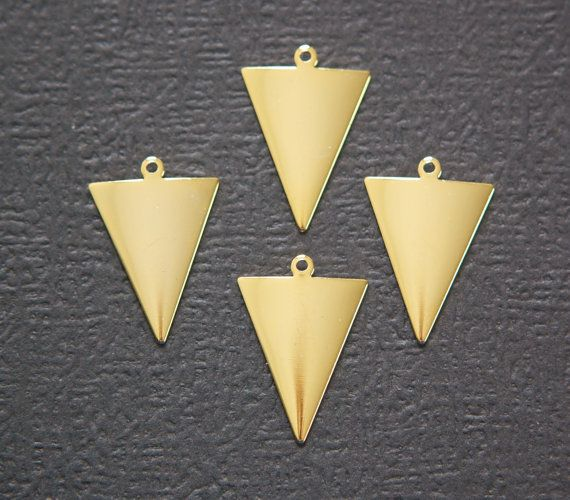 1 Loop Dapped Gold Triangle Pendant Findings 8 by yummytreasures, $3.29