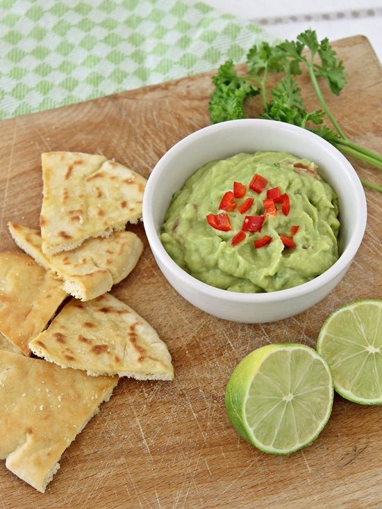 Tinkas Welt: Partyklassiker Guacamole mit Pita-Chips