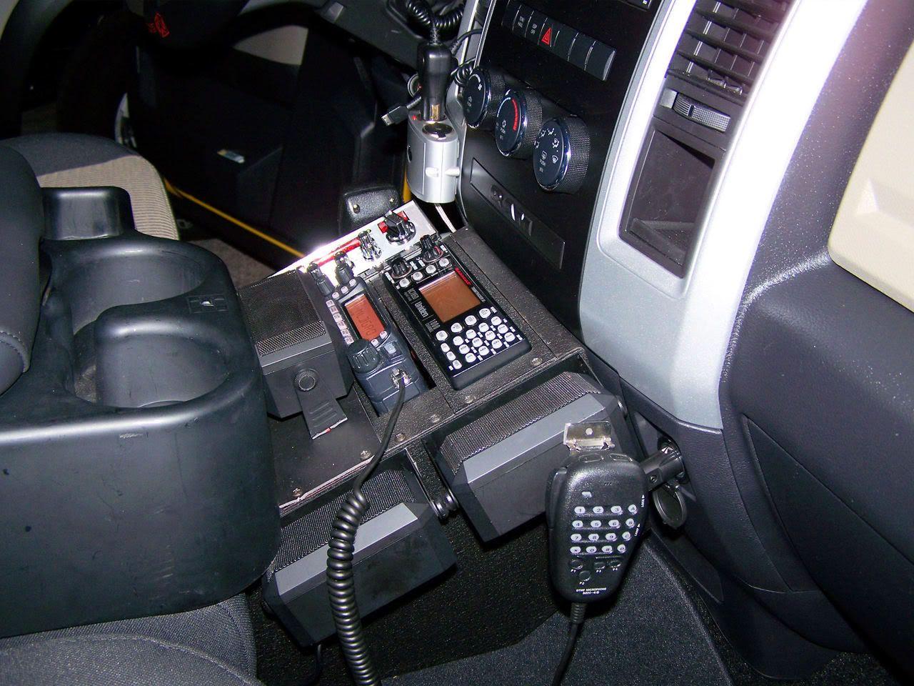 2009 Ram crew cab ham radio/cb/scanner install photos