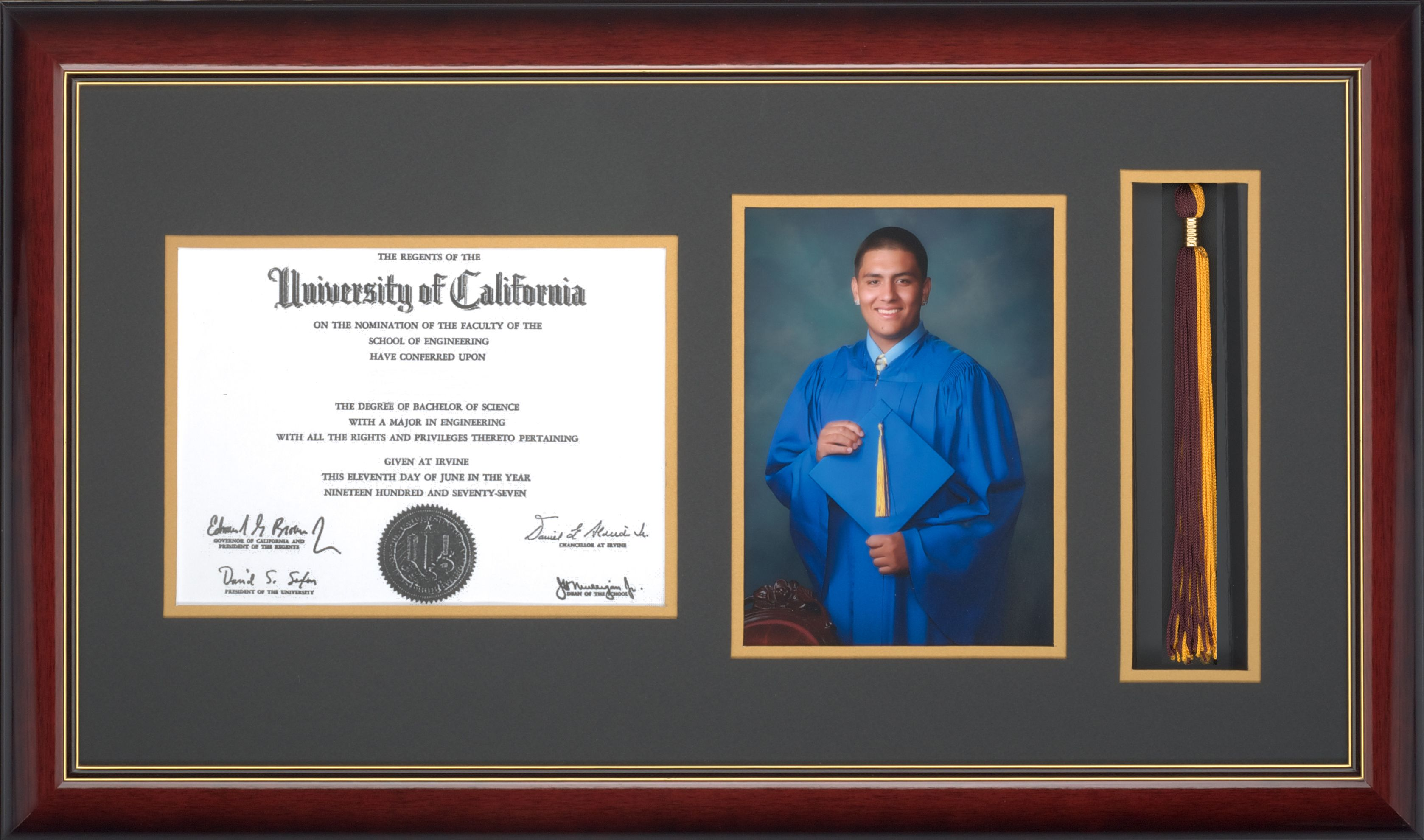frames for graduation pictures | Grad Framer - Diploma Picture ...