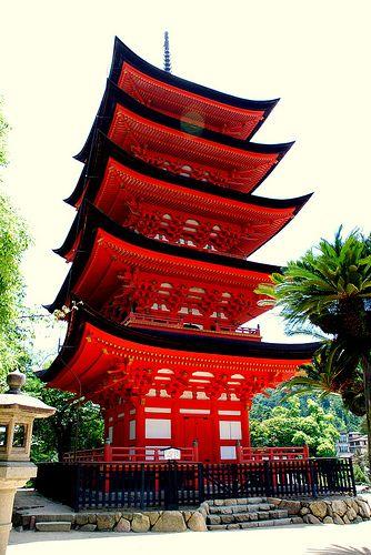 Traditional Japanese Temple | maya scene | Japanese temple ...