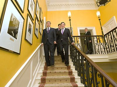 Downing Street Gordon Brown Gallery Wall English House