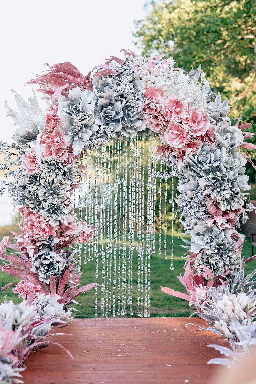 Magical Russian Wedding With Eye Catching Displays Silver
