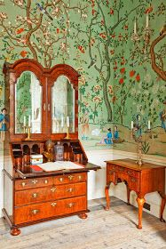 Wonderland philosophy de gournay chinoiserie abbotsford design for queen anne   gate also antique style high back carved walnut needlepoint library rh za pinterest