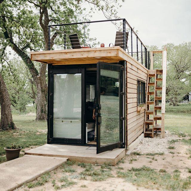 Texas Rooftop Tiny Container Home Livin'. Waco, Texas //