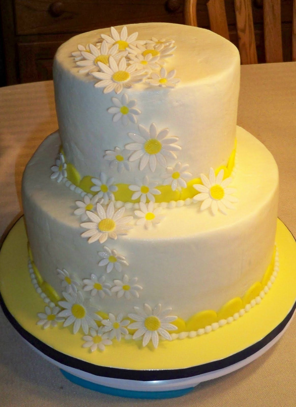 Swell Daisy Cake With Images Mom Cake 60Th Birthday Cakes 14Th Funny Birthday Cards Online Elaedamsfinfo