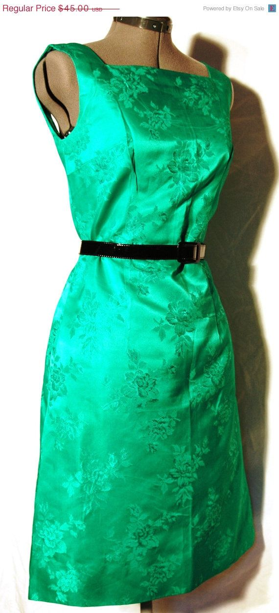 FALL SALE Vintage 1960s Kelly Green Cocktail  by ChicVintageWear, $38.25