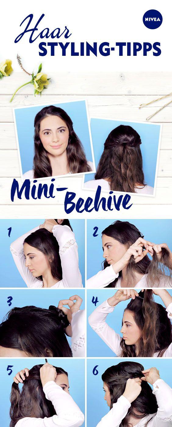 Kennt Ihr Schon Die Dezente Variante Vom Amy Winehouse Look Mit Dieser Anleitung Gelingt Der Kleine Beehive In Frisur Party Trendige Frisuren Locken Frisuren