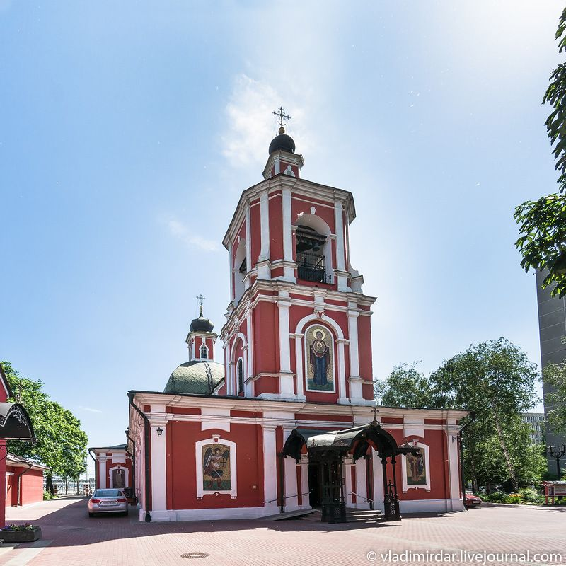 Трифоновская церковь на Рижской