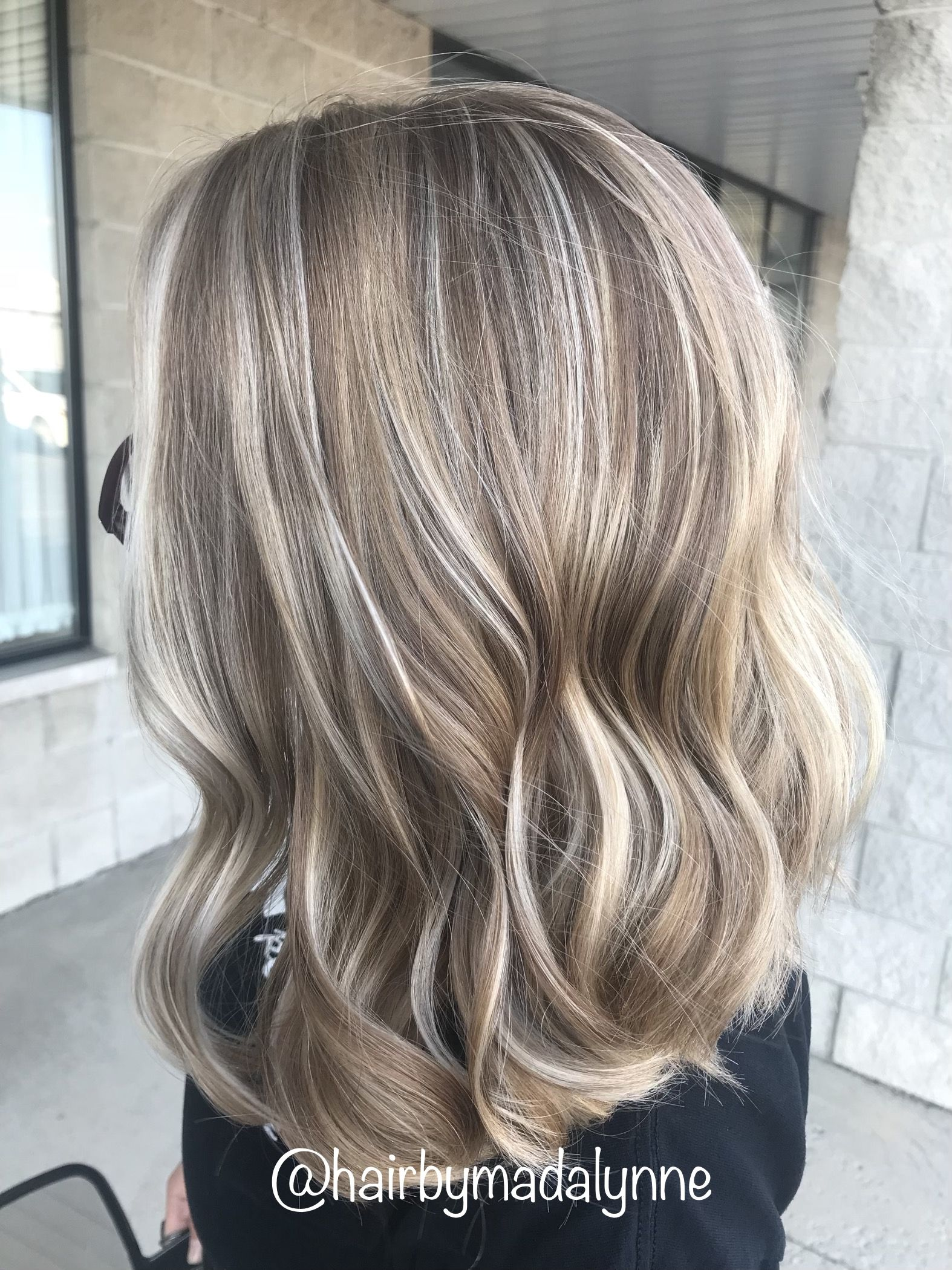 Pin By Ash On Hair Colors In 2020 Hair Inspiration Light Hair Hair