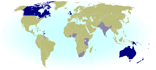 Queen elizabeths 16 countries rule britannia pinterest queen queen elizabeth ii head of state in the 16 countries highlighted in blue and head of the commonwealth countries highlighted in grey gumiabroncs Image collections