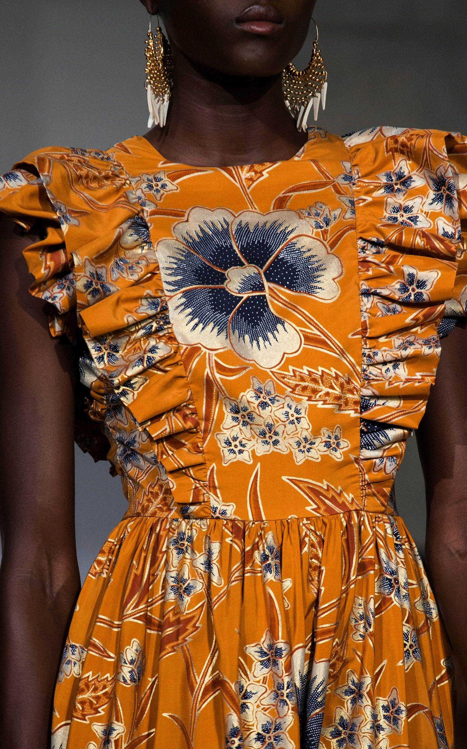 Johnson Antoinette FloralPrint Silk Maxi Dress Source by odamemaritha fashion weekUlla Johnson Antoinette FloralPrint Silk Maxi Dress Source by odamemaritha fashion week...