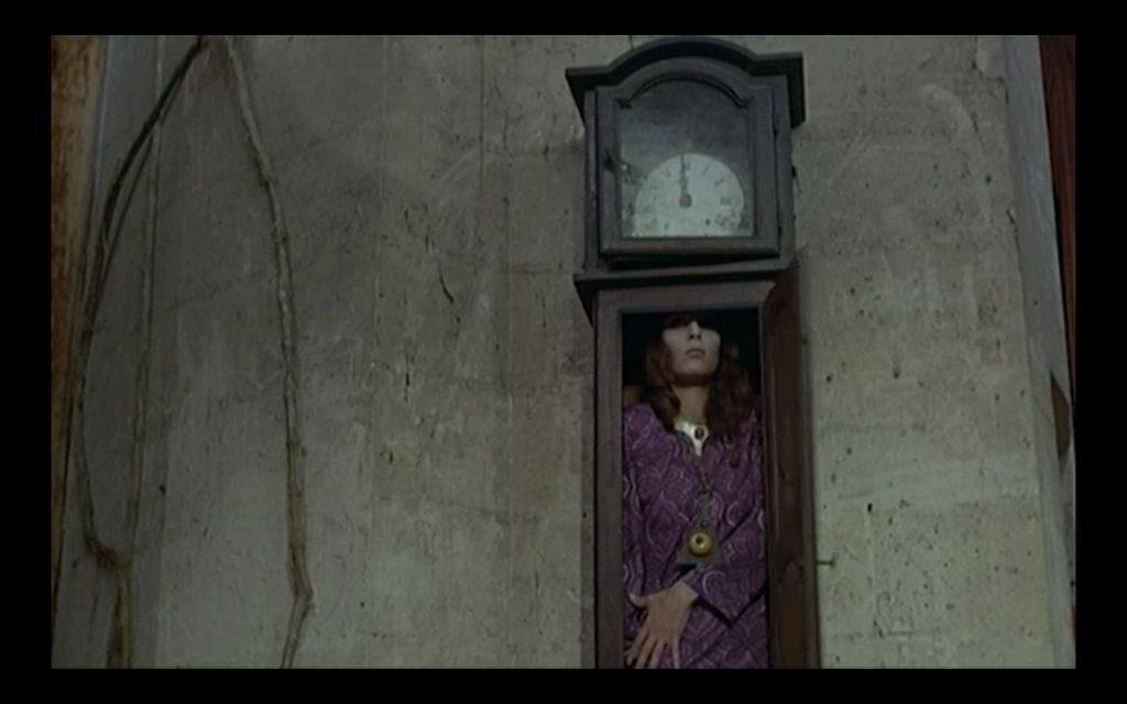 Le Frisson Des Vampires 1971 Clock Painting Grandfather Clock