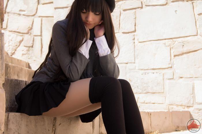 high-socks-sweet-teen-asian-put-saliva-in-pussy