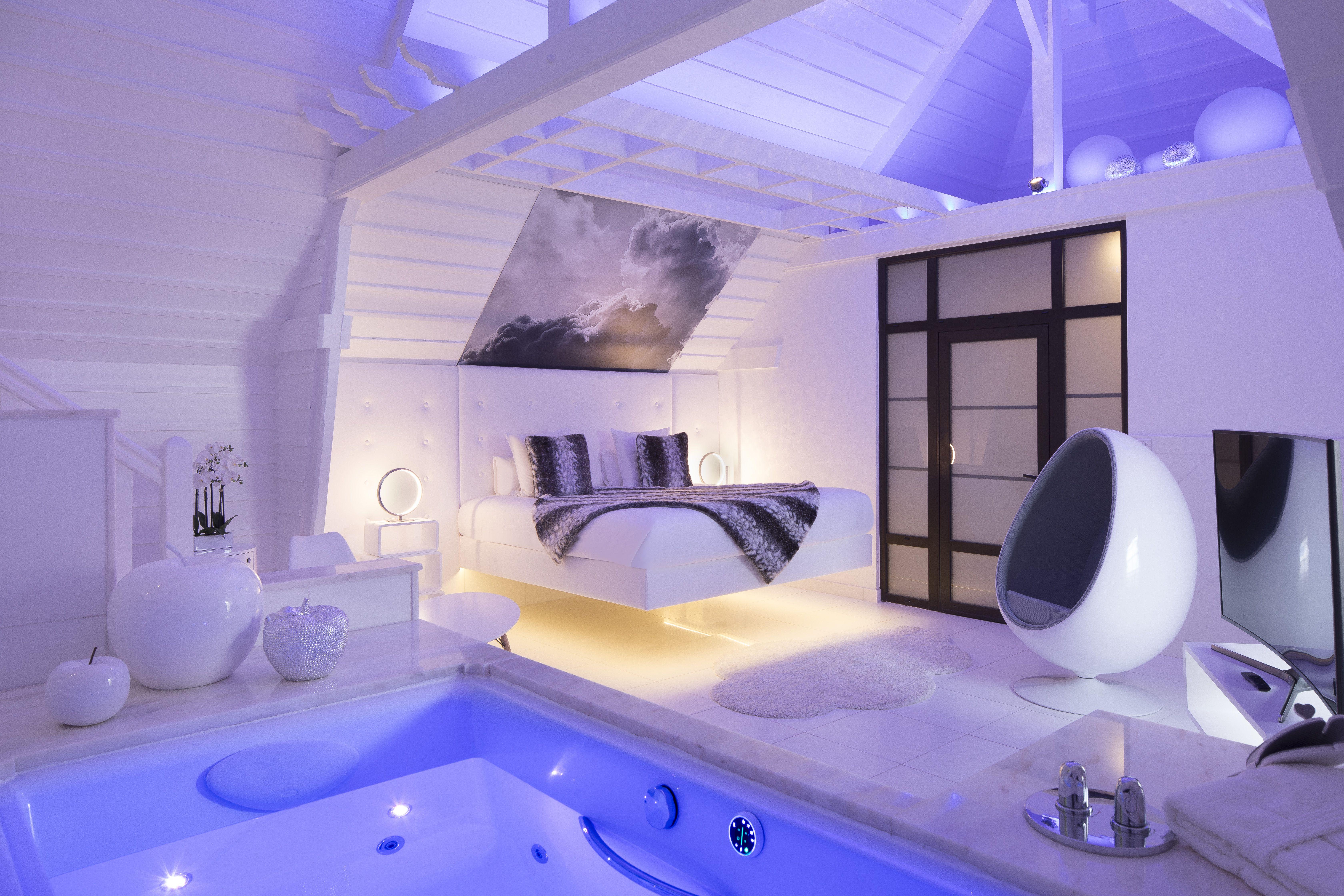 Design Levitation La Tete Dans Les Nuages Coton Spa Hotel Chambre Traditionnelle