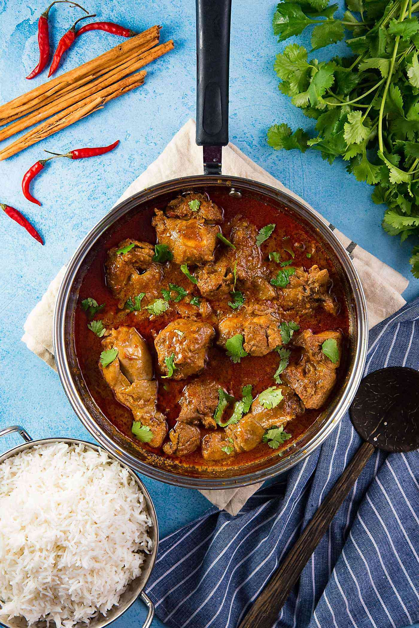 learn how to make authentic sri lankan chicken curry with