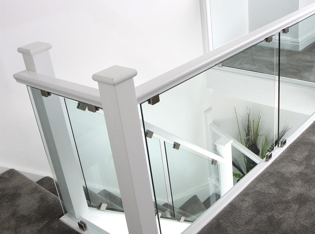 Best White Glass Staircases In 2019 House Staircase White 400 x 300