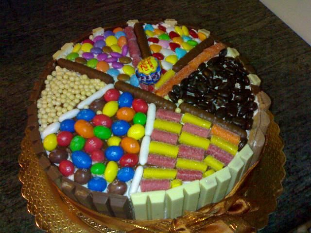 Mms torta google search tort k pinterest for Decorazione torte con smarties