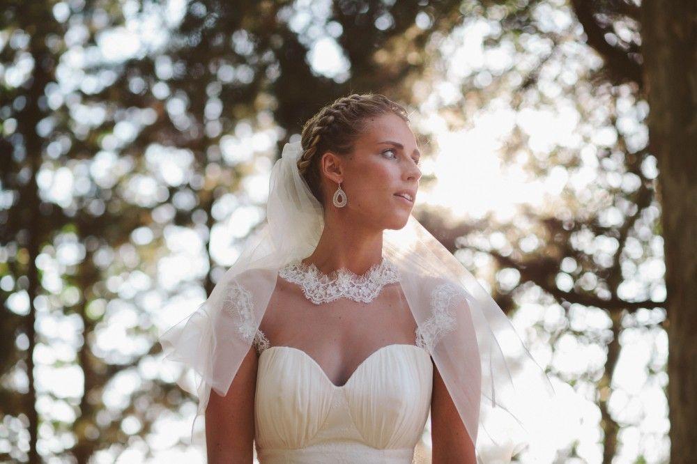 Une Belle Fete De Mariage Dans Le Sud Majenia Design Mariage Dans Le Sud Robe De Mariee Mariage Robe Dentelle