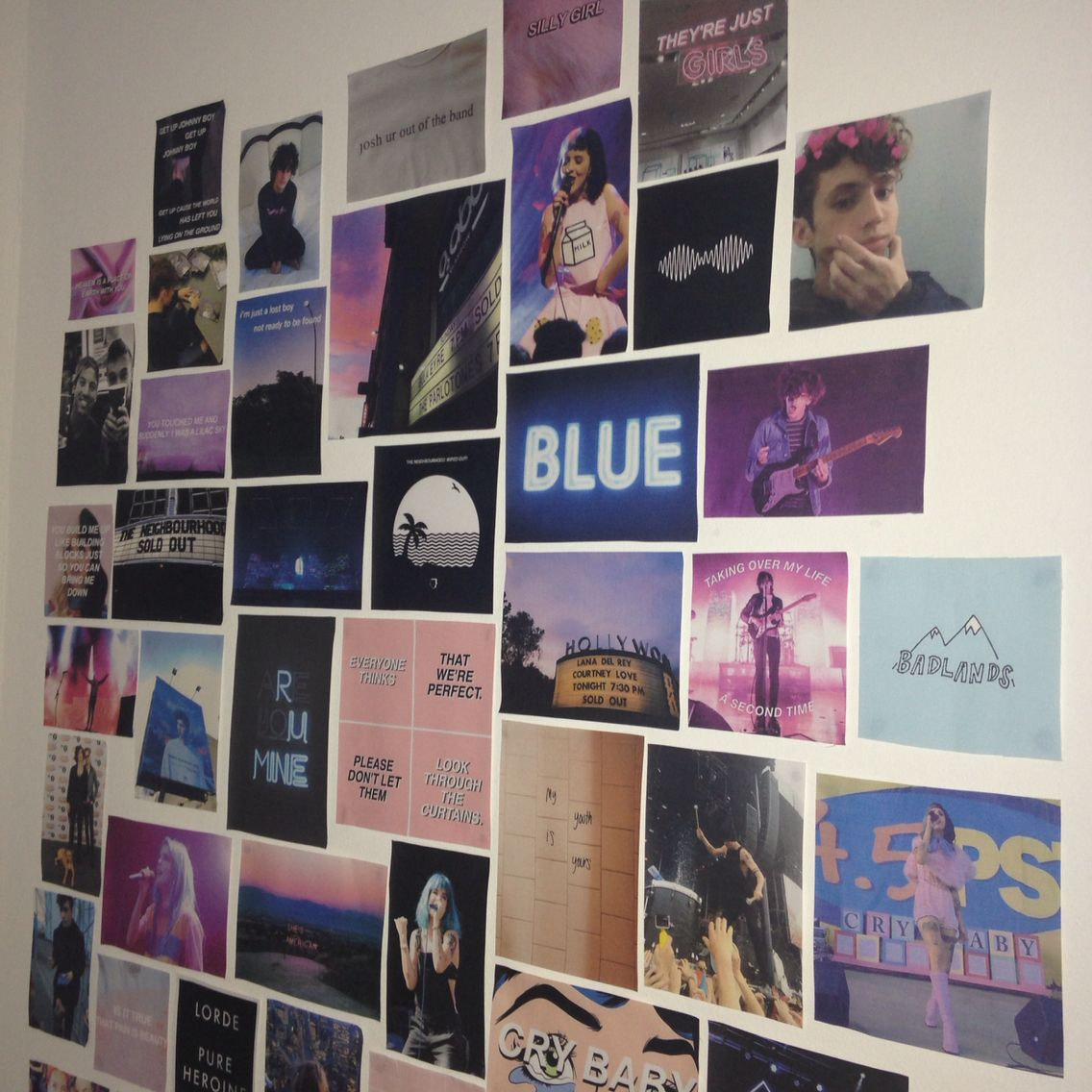 LOVE this photo collage with a color scheme | Grunge room ... on Room Decor Paredes Aesthetic id=94805