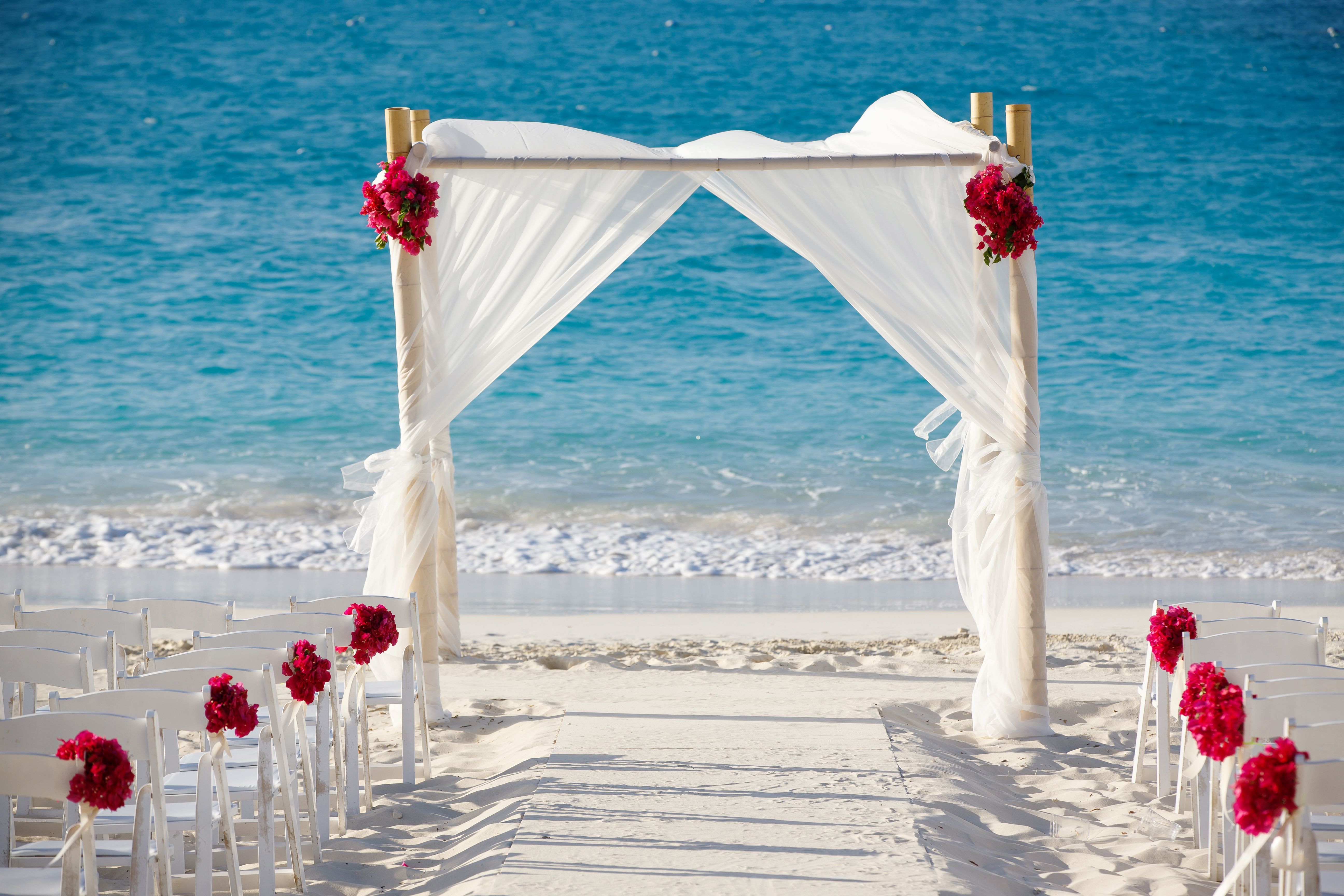 Wedding on the beach - Beach Ceremony Arch Caribbean Wedding On The Beach Turks And Caicos Grace Bay Beach Brilliant Studios