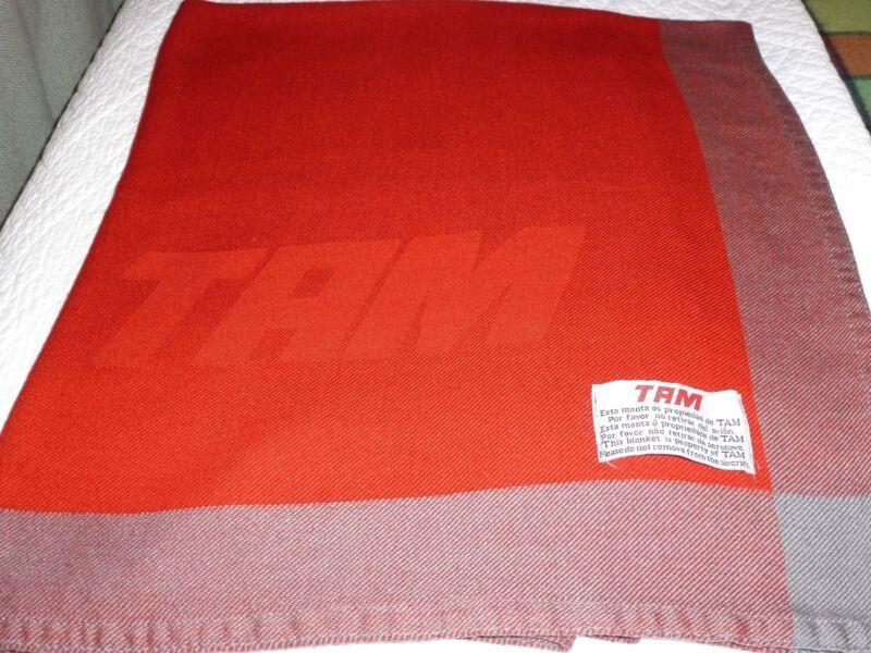 TAM Airlines Inflight Blanket las tengo