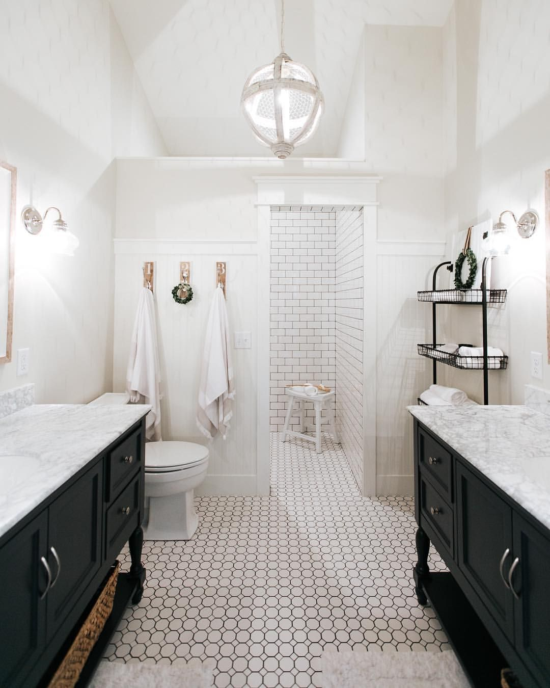Pin By Stephanie Gleeson On Toiletd: Pin By Stephanie Guice On Bathrooms In 2019