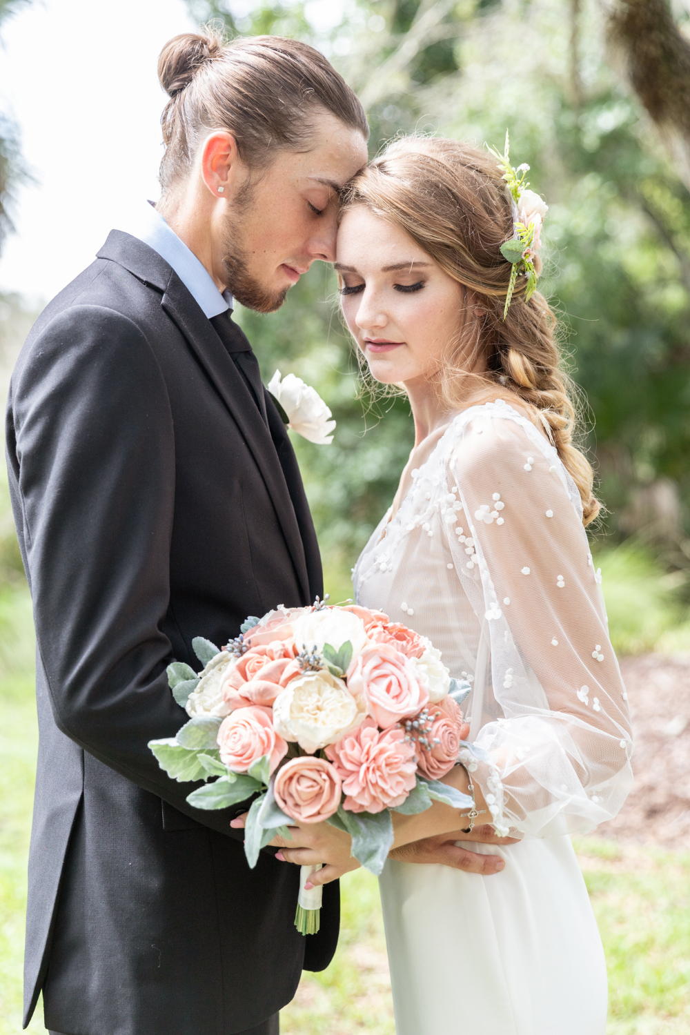 Planning a rustic Florida wedding and searching for ...