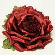 Роза с лепестками